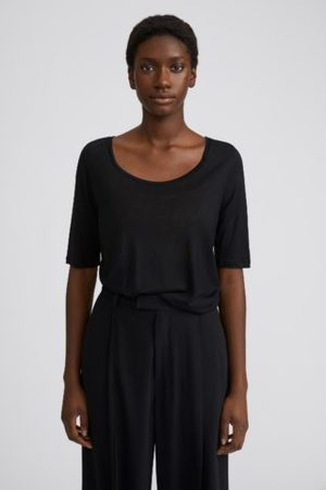Filippa K Women T-shirts - Tencel Scoop-neck Tee