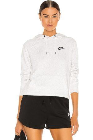 Nike NSW Essential Hoodie in Grey.