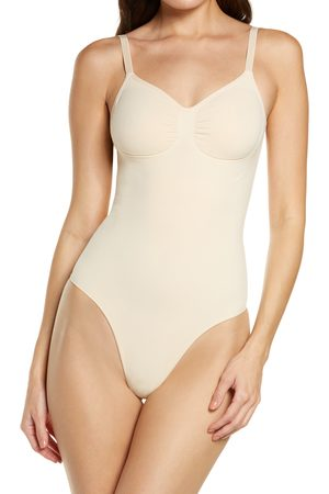 SKIMS Plus Size Women's Seamless Sculpt Low Back Thong Bodysuit