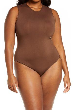 SKIMS Plus Size Women's Essential Crewneck Sleeveless Bodysuit