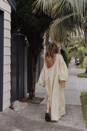 UNIK by Us Kaspara Billowed Sleeve Dress - Italian Straw