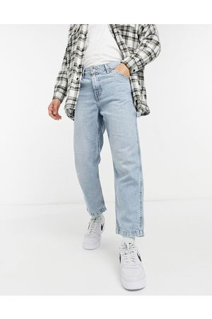 Levi's Youth tapered carpenter crop jeans in hundred choices light wash-Blues