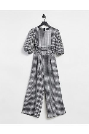 ASOS DESIGN Ruched channel puff sleeve cullotte jumpsuit in mono gingham-Multi