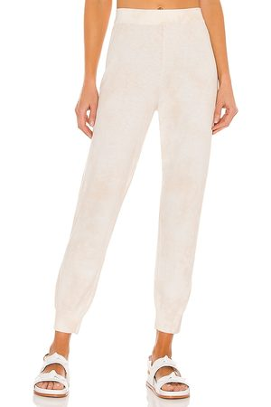 Sanctuary Essential Jogger in Ivory.