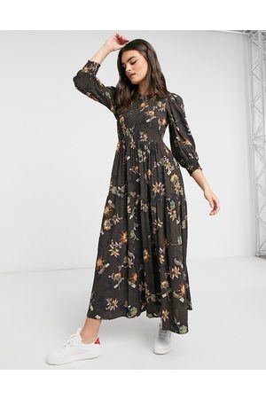 Y.A.S Maxi dress with tiered skirt in mixed paisely print-Multi