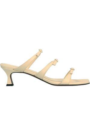MANU Naomi sandals