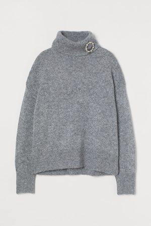 H&M Women Turtlenecks - Turtleneck Sweater with Brooch