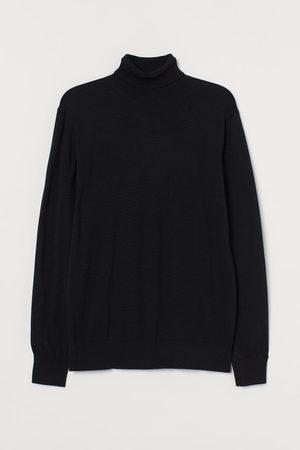H&M Premium Cotton Sweater