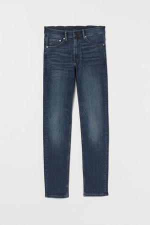 H&M Freefit® Slim Jeans