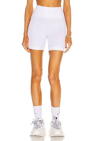ALALA Barre Seamless Short in