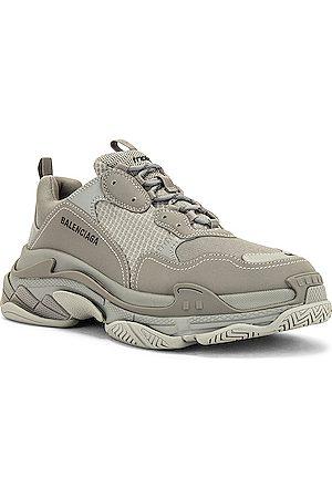 Balenciaga Triple S Sneaker in Grey