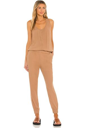 MONROW Crepe Jumpsuit in Neutral.