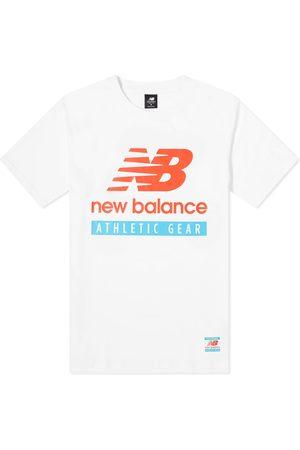 New Balance Men T-shirts - Essentials Logo Tee