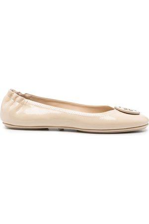 Tory Burch Logo-appliqué ballerina shoes - Neutrals
