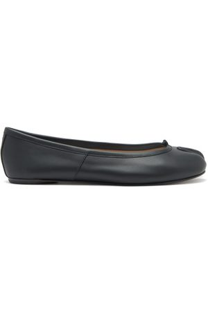 Maison Margiela Women Ballerinas - Tabi Split-toe Leather Ballet Flats - Womens