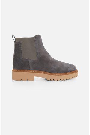 Hogan H543 Grey Suede Chelsea Boots