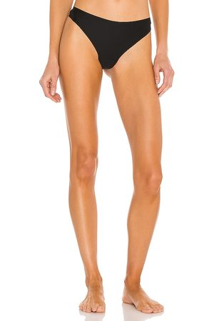 JIV ATHLETICS The Cameltoe Proof Mid Rise Thong in .