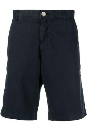 Woolrich Men Shorts - Knee-length cotton chino shorts
