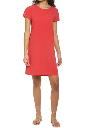 Chelsea Women's Crepe Shift Dress