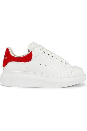 Alexander McQueen Leather Platform Sneakers in