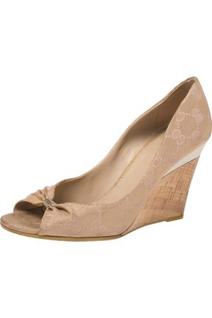 Gucci Beige/Golden ssima Canvas Cyprus Cork Wedge Pumps Size 36.5