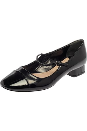 Miu Miu Black Patent Leather Cap Tor Mary Jane Ballet Flats Size 35.5