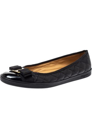 Salvatore Ferragamo Black Quilted Leather Varina Ballet Flats Size 37