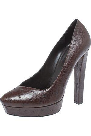 Gucci Brown Ostrich Leather Block Heel Platform Pumps Size 39