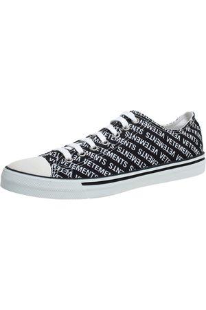Vetements Black/White Logo Print Canvas Low Top Sneakers Size 44