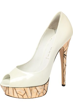 Casadei White Patent Leather Mosaic Mirror Heel Peep Toe Platform Pumps Size 39