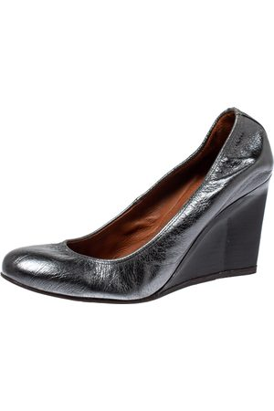 Lanvin Metallic Grey Leather Scrunch Wedge Pumps Size 37