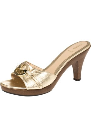 Fendi Gold Leather Logo Platform Open Toe Slide Sandals Size 39