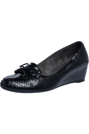 Stuart Weitzman Black Python Embossed Leather Wedge Bow Detail Loafer Pumps Size 38