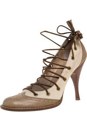 Alexander McQueen Beige Brogue Leather And Canvas Lace Pumps Size 38.5