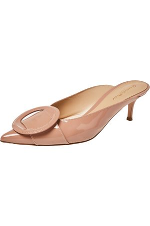 Gianvito Rossi Beige Patent Leather Ruby Mules Sandals Size 41