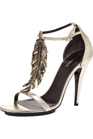 Roberto Cavalli Metallic Gold Leather Metal Flower Embellished Ankle Strap Sandals Size 38.5