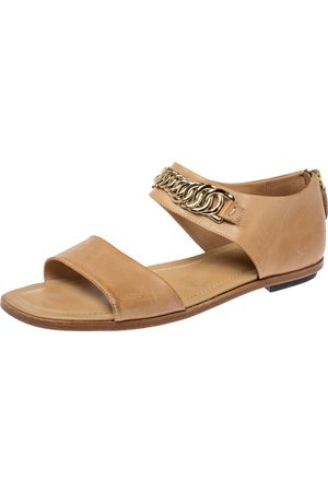 Tod's Beige Leather Chain Link Strap Flat Sandals Size 38
