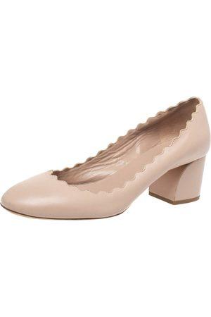 Chloé Beige Leather Lauren Scallop Trim Block Heel Pumps Size 34.5
