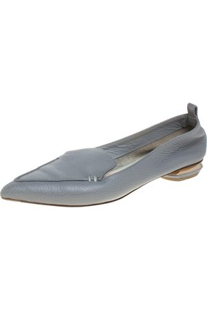 Nicholas Kirkwood Grey Leather Beya Loafers Size 37