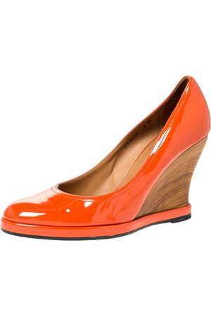 Salvatore Ferragamo Orange Patent Leather Wedge Platform Pumps Size 38.5
