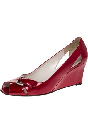 Stuart Weitzman Red Patent Leather Buckle Detail Open Toe Wedge Pumps Size 40
