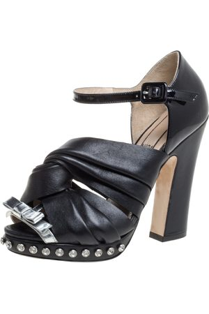 Nº21 N°21 Black Leather And Patent Leather Crystal Embellished Pleated Bow Ankle Strap Sandals Size 36