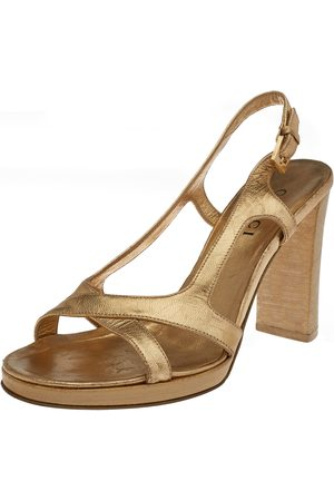 Gucci Gold Leather Criss Cross Slingback Sandals Size 35.5