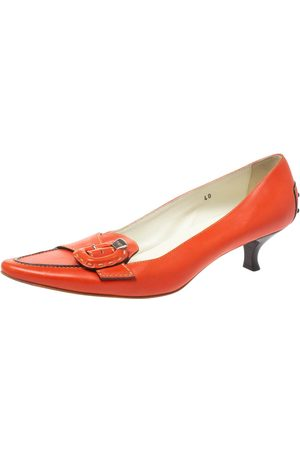 Tod's Orange Leather Buckle Detail Pointed Toe Loafer Pumps Size 40