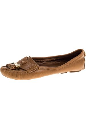 Tory Burch Tan Leather Lawrence Tassel And Logo Embellished Loafers Size 36.5