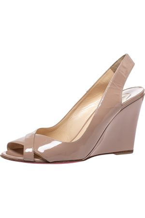 Christian Louboutin Beige Patent Leather Peep Toe Marpoil Sanzep Wedge Sandals Size 38