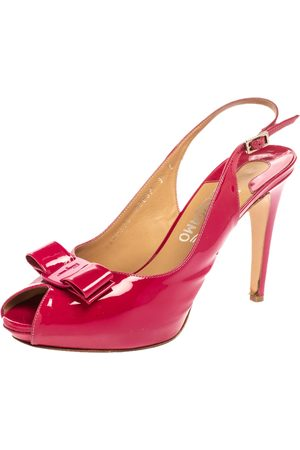 Salvatore Ferragamo Pink Patent Leather Bow Peep Toe Platform Slingback Sandals Size 39.5