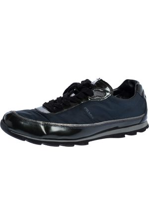 Prada Black/Navy Blue Leather And Nylon Lace Up Sneakers Size 41