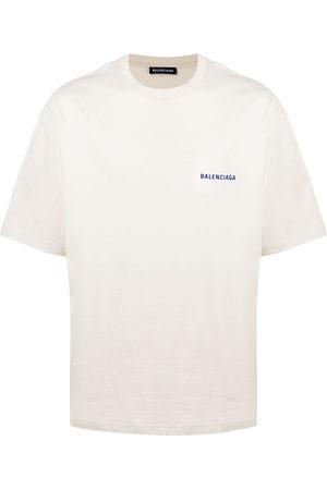 BALENCIAGA Men T-shirts - Medium Fit logo T-shirt - Neutrals