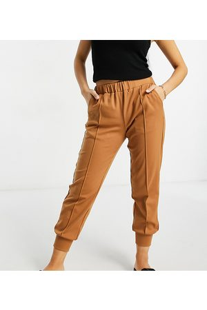 Y.A.S Jersey sweatpants with front seam in camel